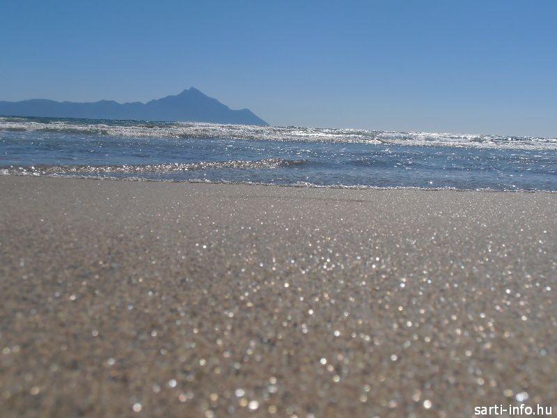 Az aranyszínű homok