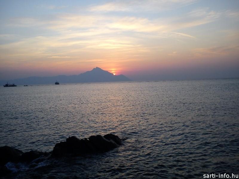 Sarti gyönyörű napfelkeltéje