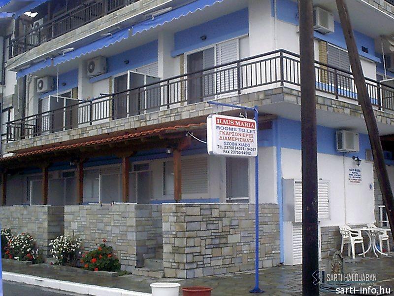 Maria Sideras Haus, Sarti
