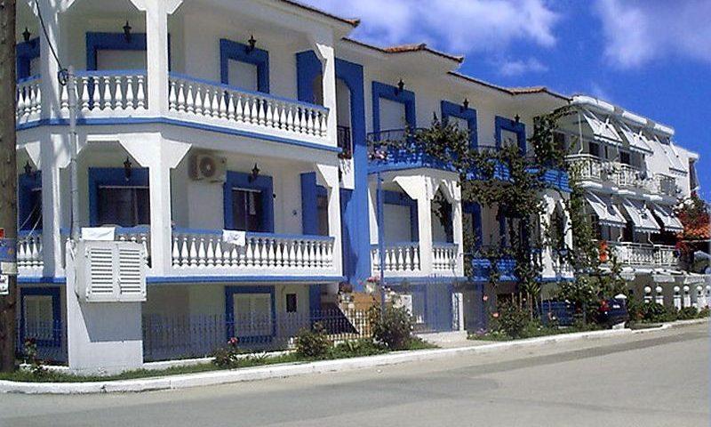 Virozi Apartman, Sarti