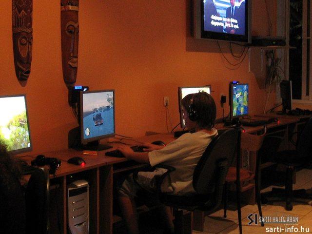 Alexander Internet Cafe