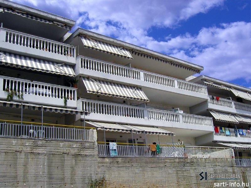 Alexandros ház, Sarti