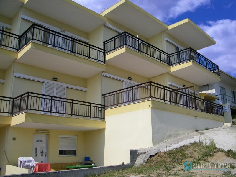 Tula Apartman (Sarti)