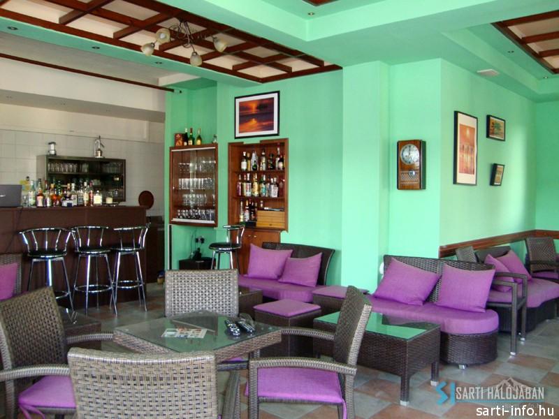 Cafe Paps Sarti