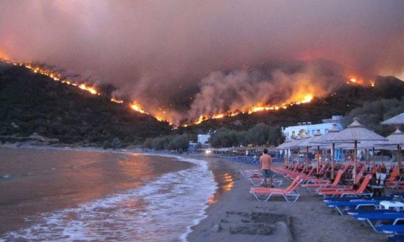Hiosz-sziget lángokban
