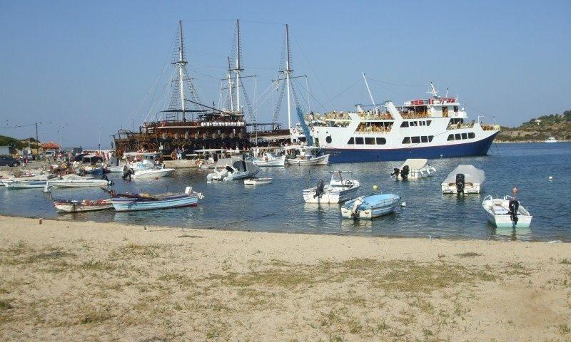 Rengeteg hajó