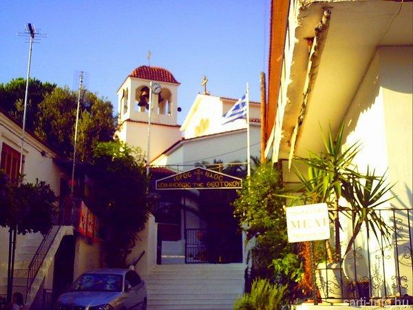 Templom Szártin