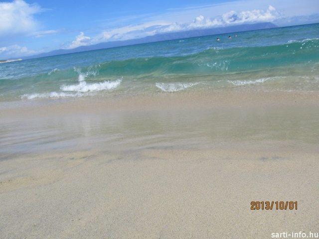 Kék színű Égei-tenger