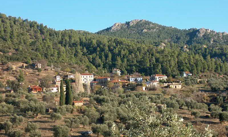 Parthenonas falu