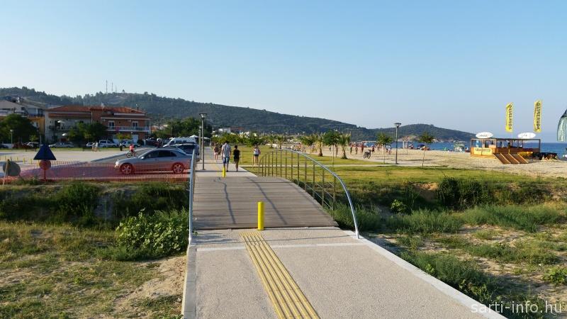 Az új híd a parkolónál