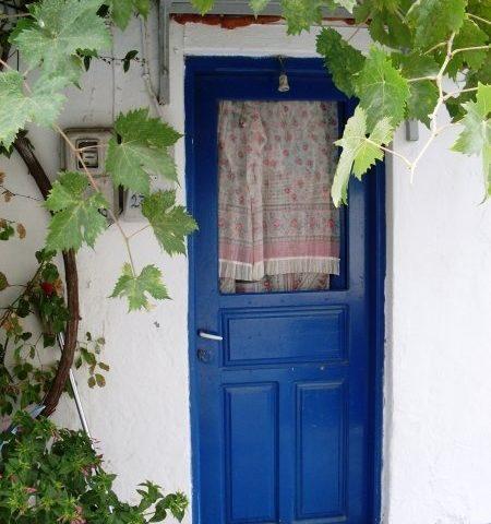 Kék ajtó