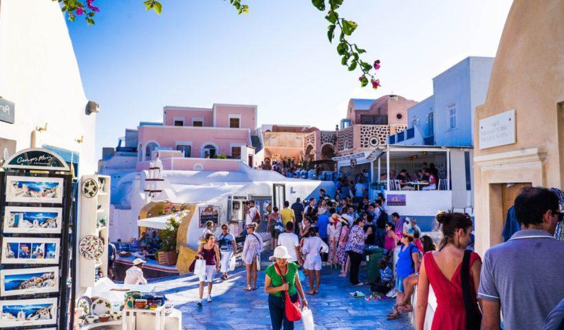Turisták Görögországban