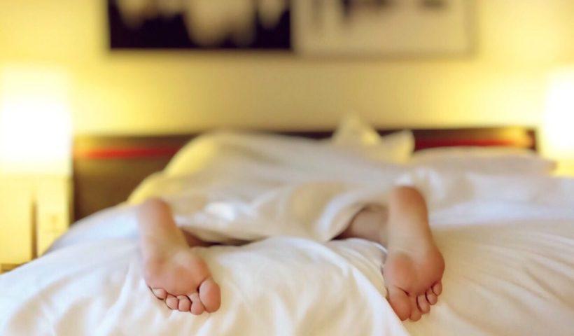 Álmosan az ágyban