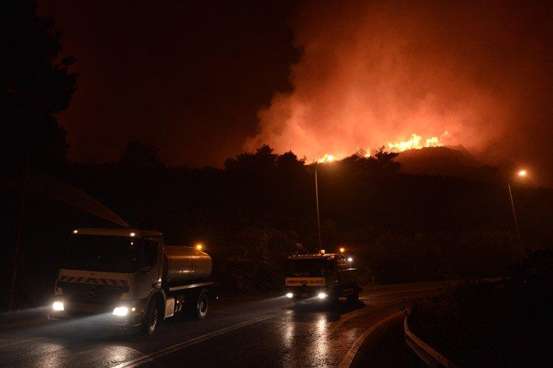 Tűz Athén északi részén
